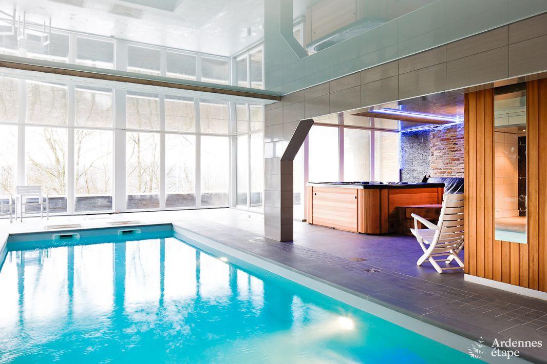 luxusvilla mit schwimmbad und wellness f r 27 personen in. Black Bedroom Furniture Sets. Home Design Ideas
