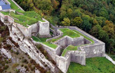 Agimont Adventure-Parcours challenge bis Provinz Namur