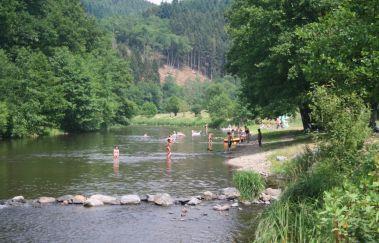 La plage de Maboge-Sports et loisirs bis Provinz Luxemburg