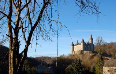 Houyet-Ville bis Provinz Namur