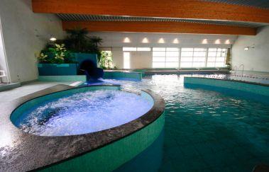 Aqua l'O-Thermes bis Provinz Luxemburg