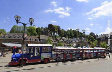 <p>Le petit train de La Roche</p>-Train touristique bis Provinz Luxemburg