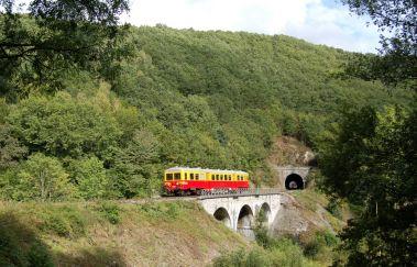 Le Chemin de Fer du Bocq-Train touristique bis Provinz Namur